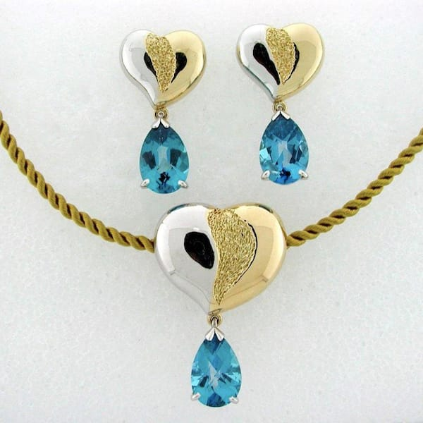 A Gift that Gives - Healing Hearts Jewelry