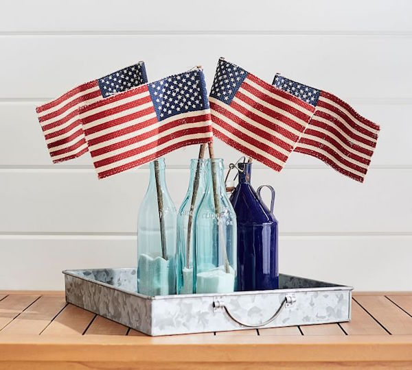 Liberty Burlap American Flags Party Decor