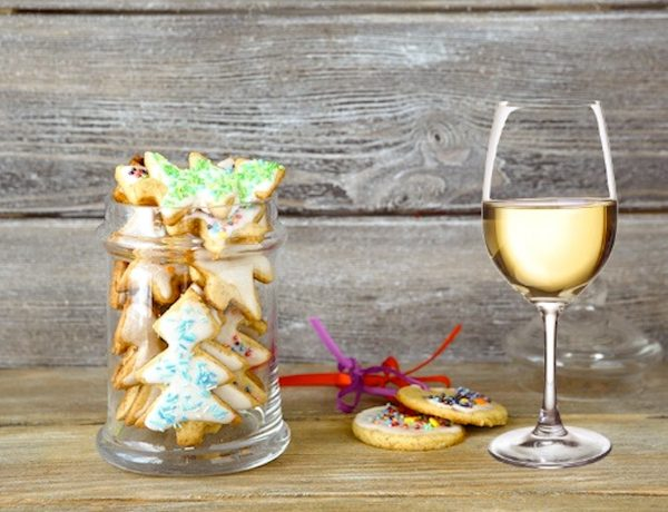 Pair Your Favorite Holiday Cookies with Wine