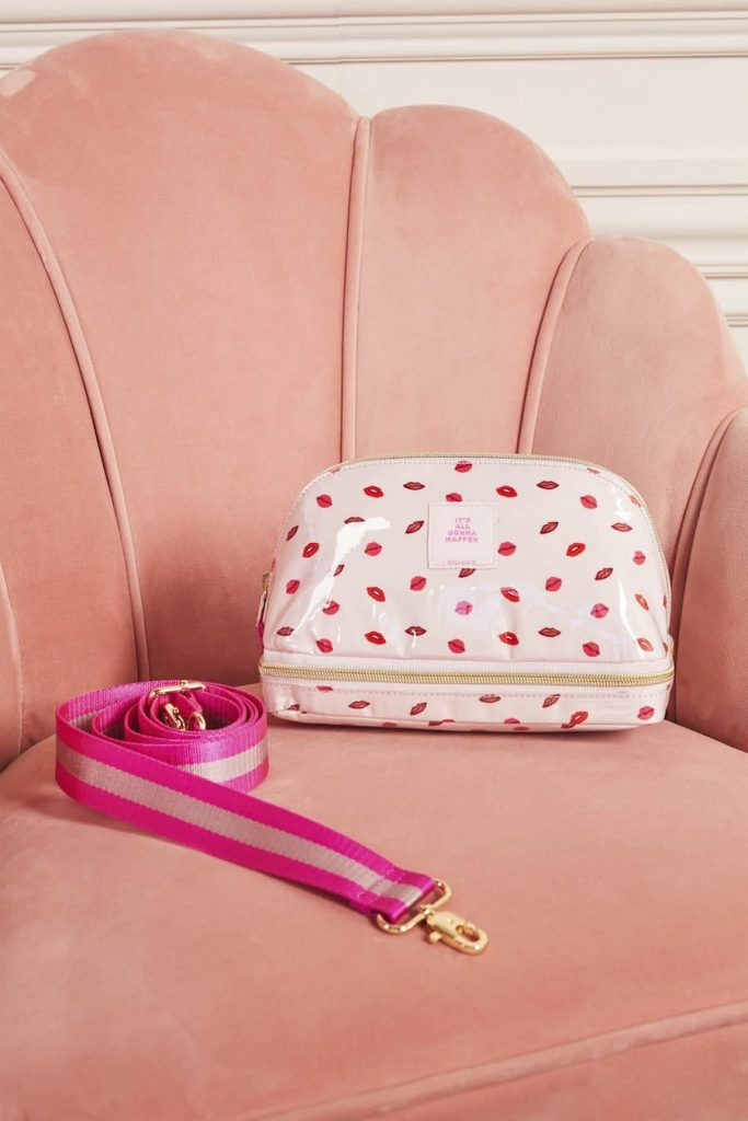 Crush It Beauty Bag - Pink Lips Print